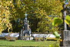 Slavkov hřbitov
